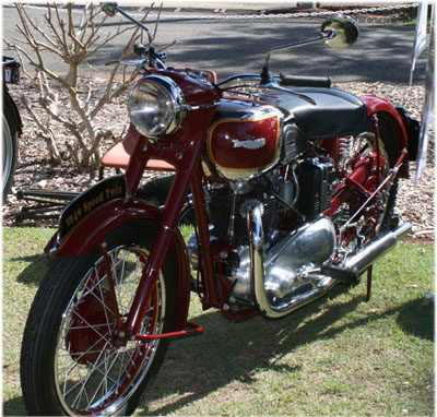 Triumph Speed Twin 1949